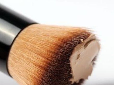 benefits of foundation brush